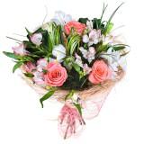 Букет №11 (розы, альстромерии, ирисы, декор.зелень)
