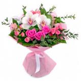 Букет №39 (орхидеи, розы, куст.розы, альстромерии, декор.зелень)