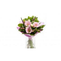 Букет №41 (герберы, розы, альстромерии, декор.зелень)