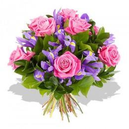 Букет №42 (розы, ирисы, декор.зелень)