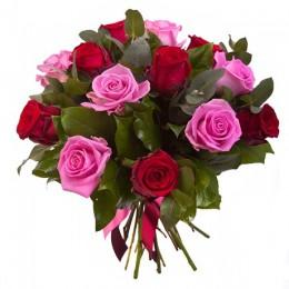 Букет №47 (13 роз, декор.зелень)