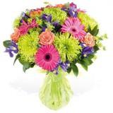 Букет №155 (одногол.хризантемы, розы, герберы, ирисы, декор.зелень)