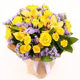 Букет №156 (орхидеи, куст. розы, статица, декор.зелень)