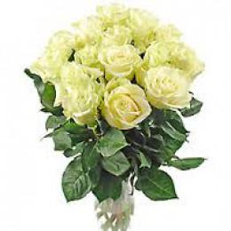 Букет 15 роз (пример-розы Мондиал) 40см