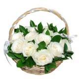 Корзина №12 (19 роз, декор.зелень)