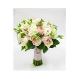 Букет невесты №7 (пионовидные розы, эустома, зелень, декор)