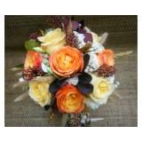 Букет невесты №19 (пионовидные розы, скимия, бруния, брассика, колосья, зелень, декор)