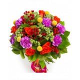 Букет №222 (розы, гвоздики, гиперикум, краспедия, трахелиум, декор.зелень)