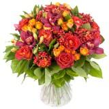 Букет №228 (орхидеи, розы, куст. розы, альстромерии,  гиперикум, декор.зелень)