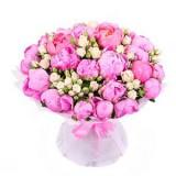 Букет №230 (пионы, куст.розы, декор.зелень)