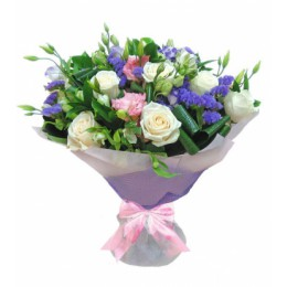 Букет №233 (розы, альстромерии, эустома, статица, декор.зелень)
